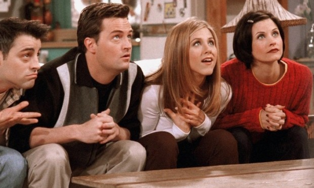 friends-cast-watching-tv-e14